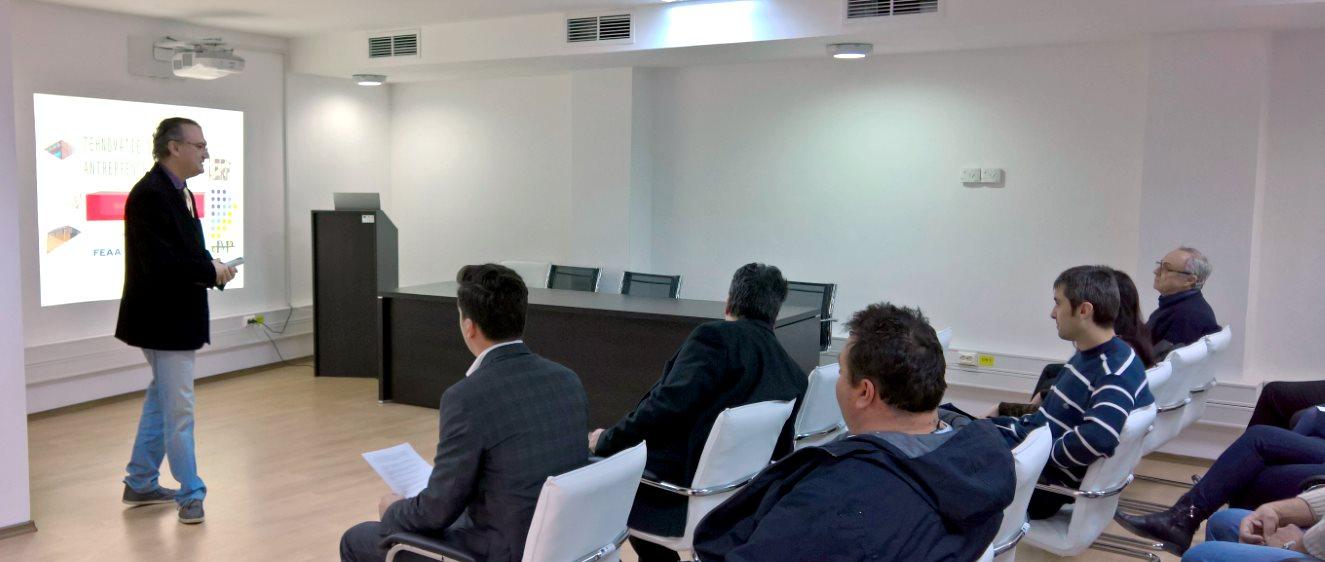 Mihai Putz presenting Innovation Management